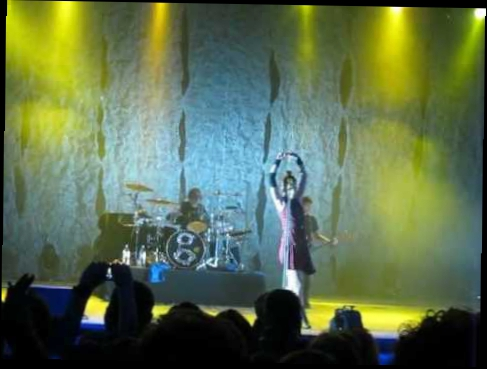Garbage - The World Is Not Enough (Live@Palace Of Sports, Kiev, Ukraine 12.11.2012)
