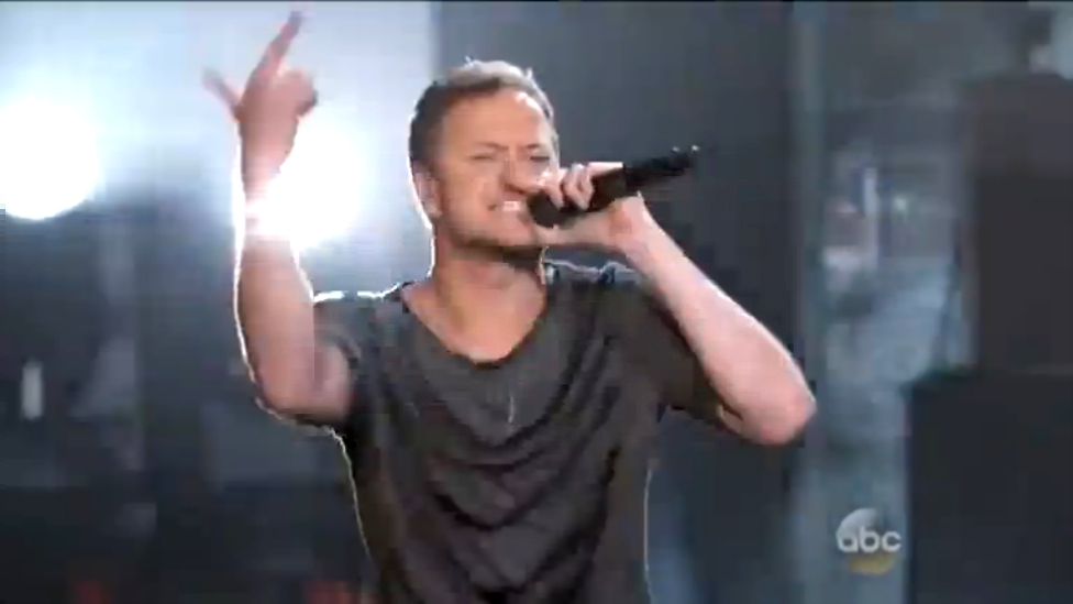 Imagine Dragons - Tiptoe (Billboard Music Awards 2014) HD 18 05 2014 http://vk.com/public53281593