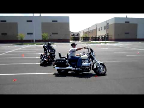 Riding the Honda Valkyrie, Uturning made easy