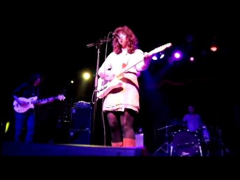 Widowspeak Perform 'Nightcrawlers' at Brooklyn Bowl
