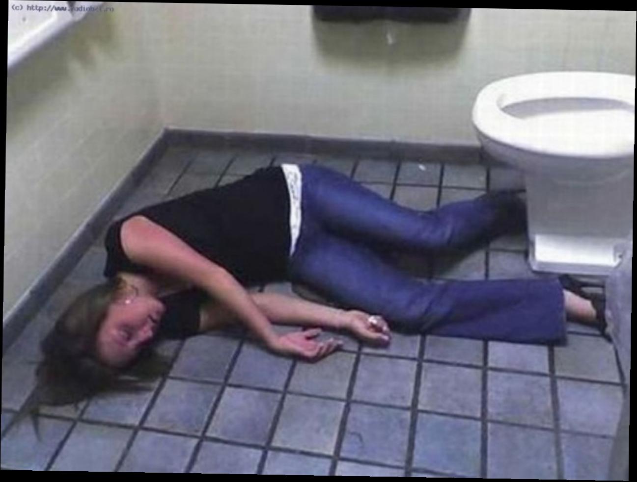 Пьяная юля спит 8 фотография