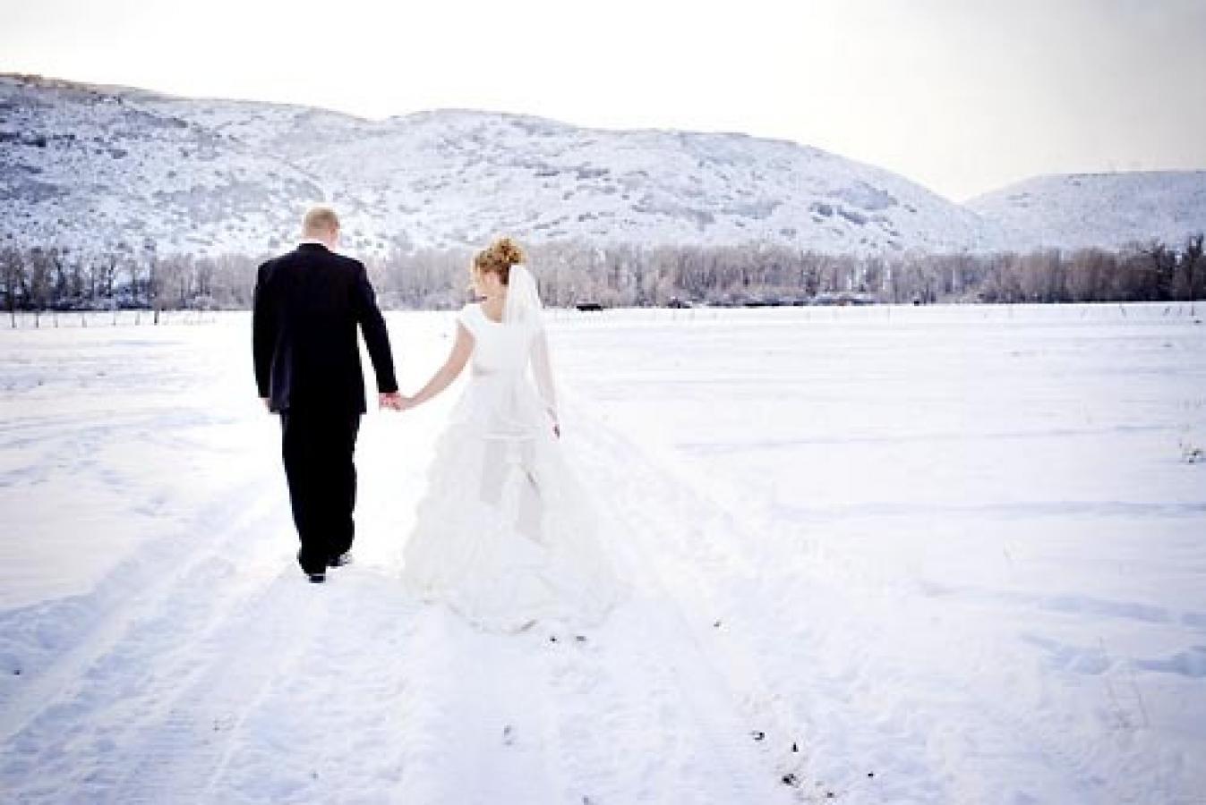Свадебные фото зимой без снега в слякоть 5