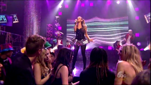 Ariana Grande Right There Live on New Year's Rockin' Eve 2014 HD-720
