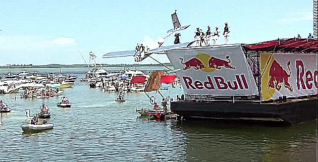 Топ 10 падений на Red Bull Flugtag 2013 USA