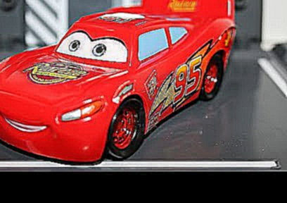 Disney Pixar Cars Lightning McQueen - Мультик про игрушечные машины - Kinder Surprise train