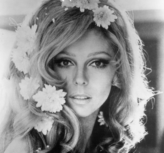 Nancy Sinatra - Bang Bang (my baby shot me down)